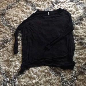 Super cozy black slouchy shirt